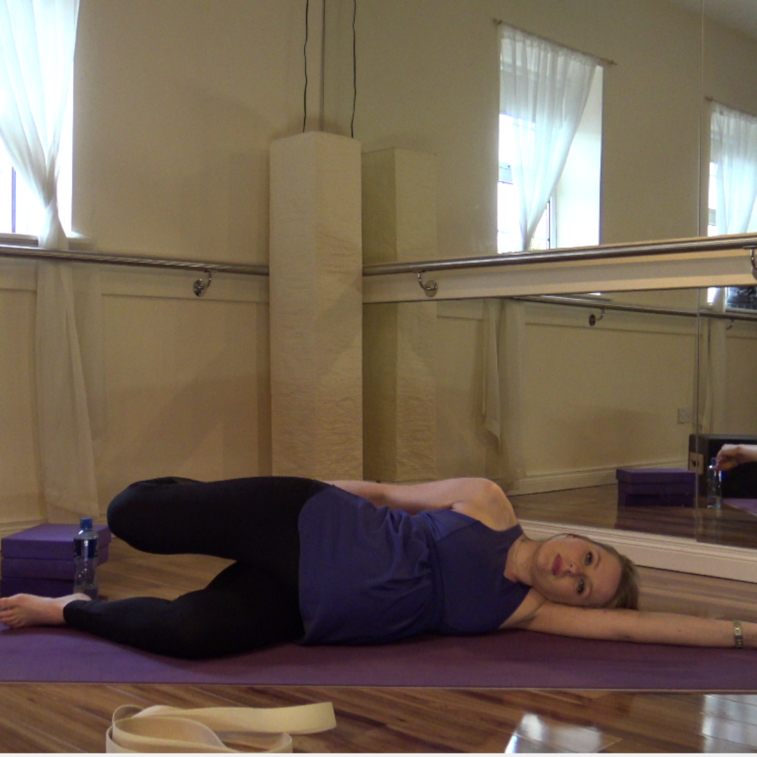 pregnancy stretches hips lower back
